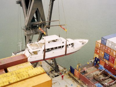 Superyacht off loading with floating crane