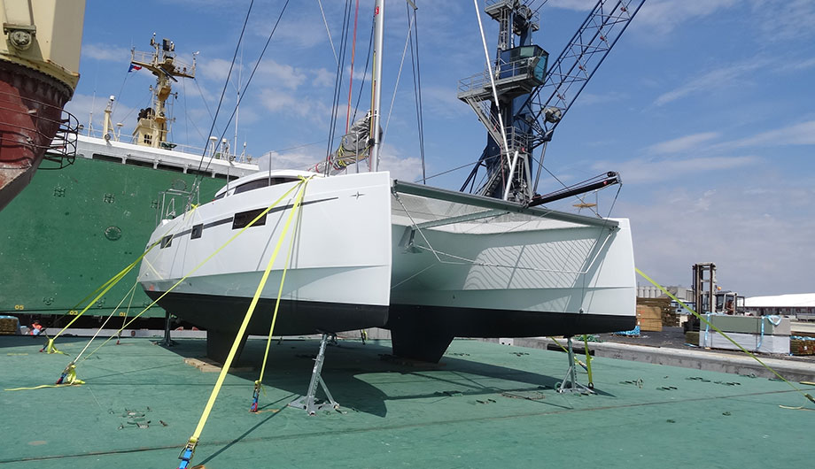 catamaran-shipping-to-caribbean
