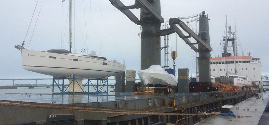 charter-yacht-shipping